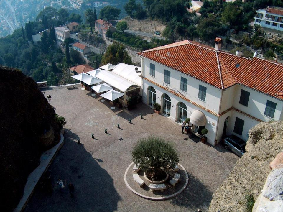 A bird's-eye view of Hôtel Restaurant Les Deux Frères