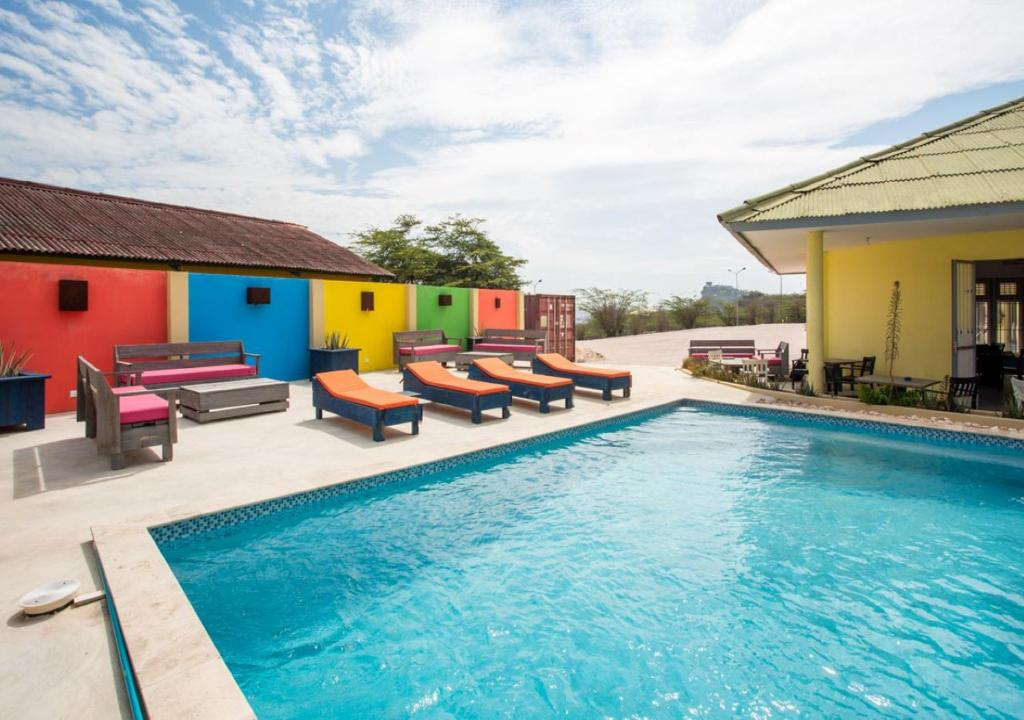 A piscina localizada em Willemstad Resort ou nos arredores