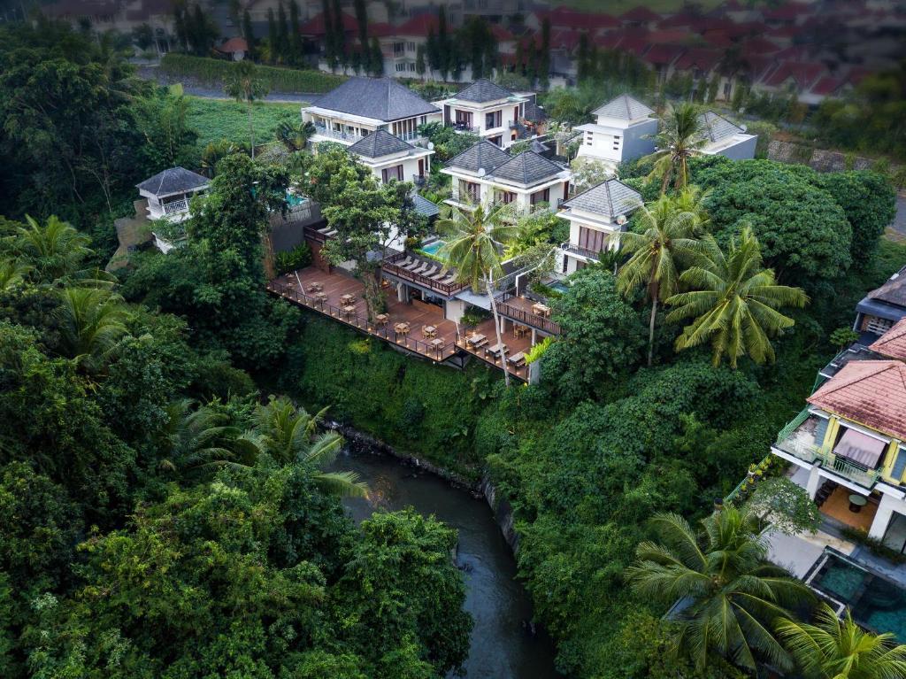 Een luchtfoto van Annupuri Villas Bali