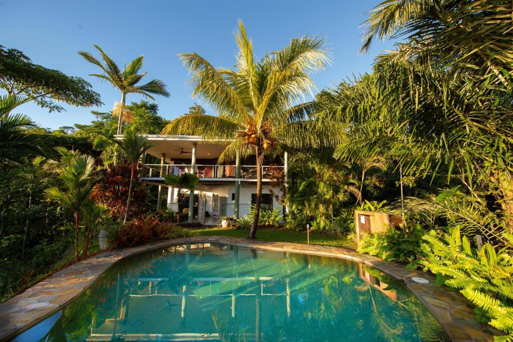 The swimming pool at or near Samsara House