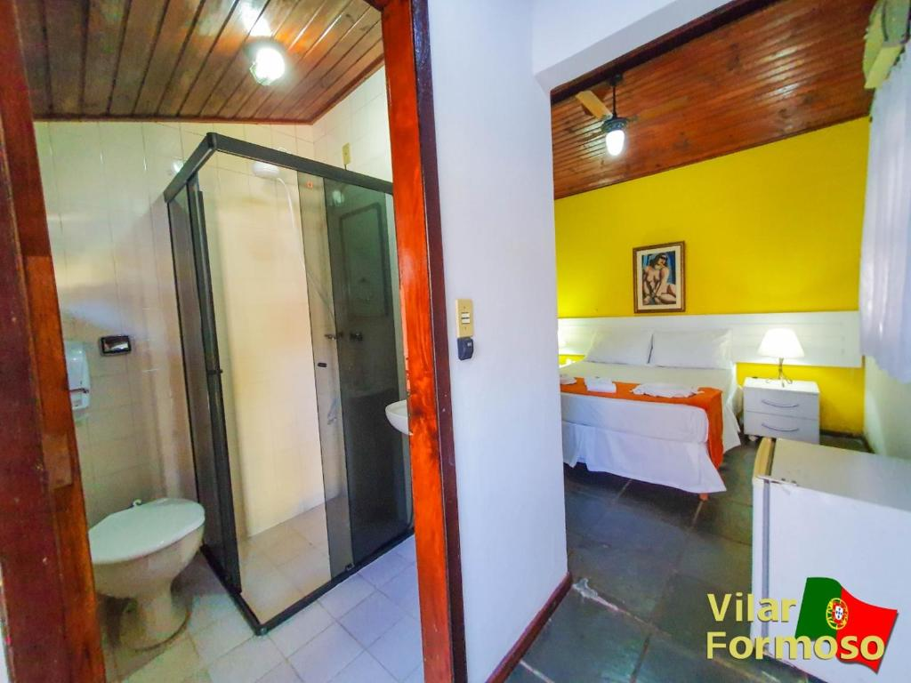 A bathroom at Hotel Vilar Formoso
