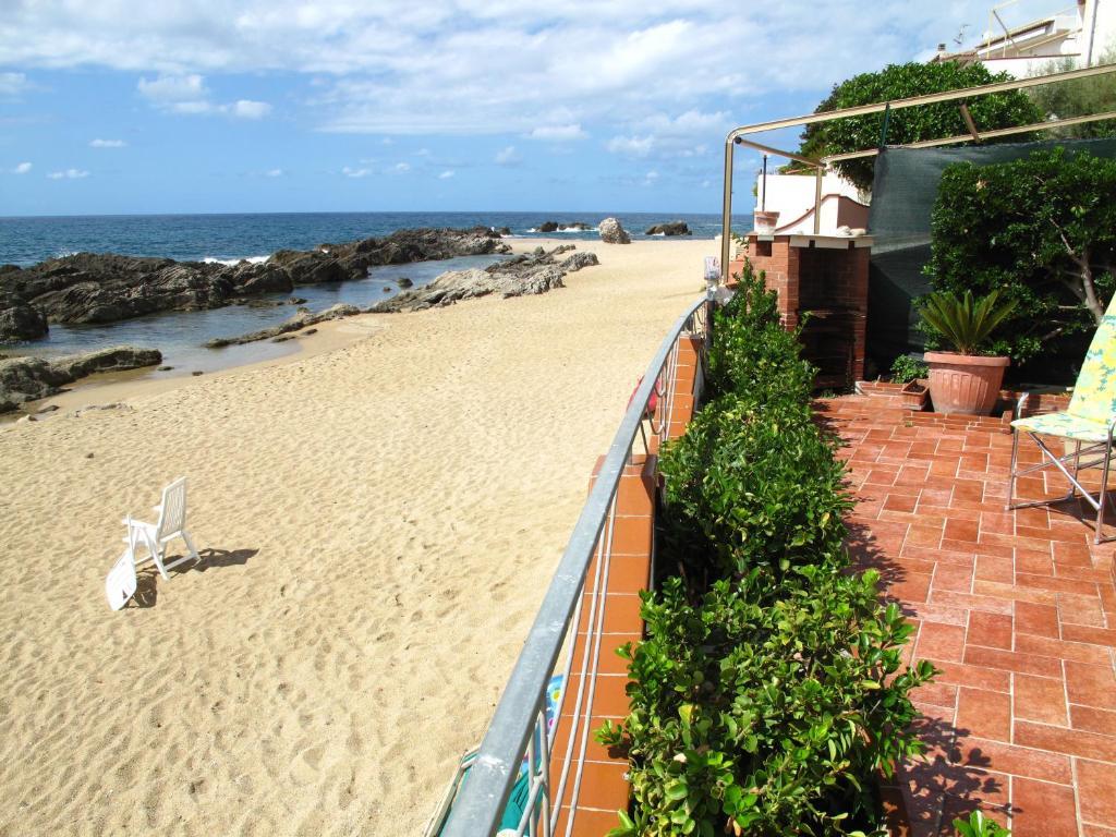 Villa Sul Mare Terrazzo Con Discesa Su Spiaggia Con Piscine Scogli Naturali Belvedere Marittimo Prezzi Aggiornati Per Il 2020