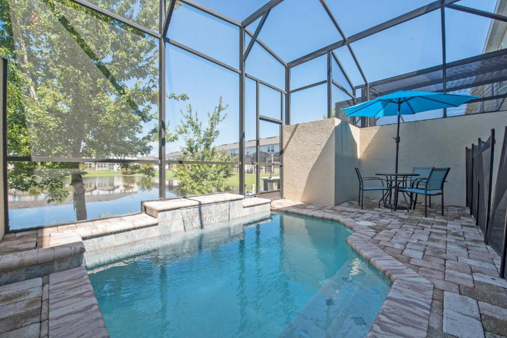 The swimming pool at or close to Lakeview Home Very Close to Disney W Pool