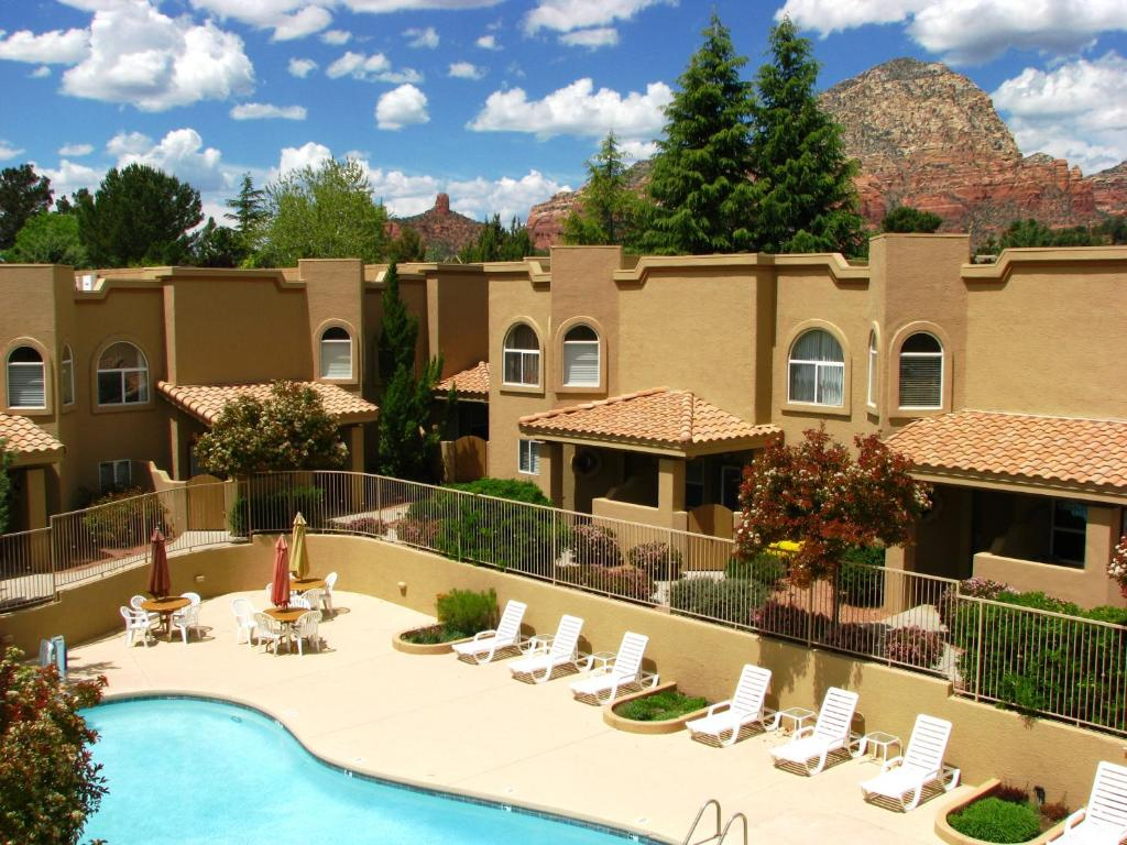 A view of the pool at Sedona Springs Resort, a VRI resort or nearby