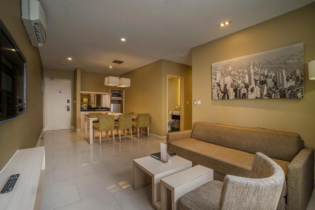 El Hotel Royale Jakarta Indonesia Booking Com