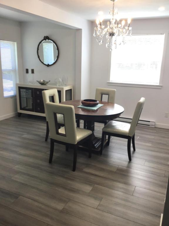 Moncton Fully Furnished Apartment