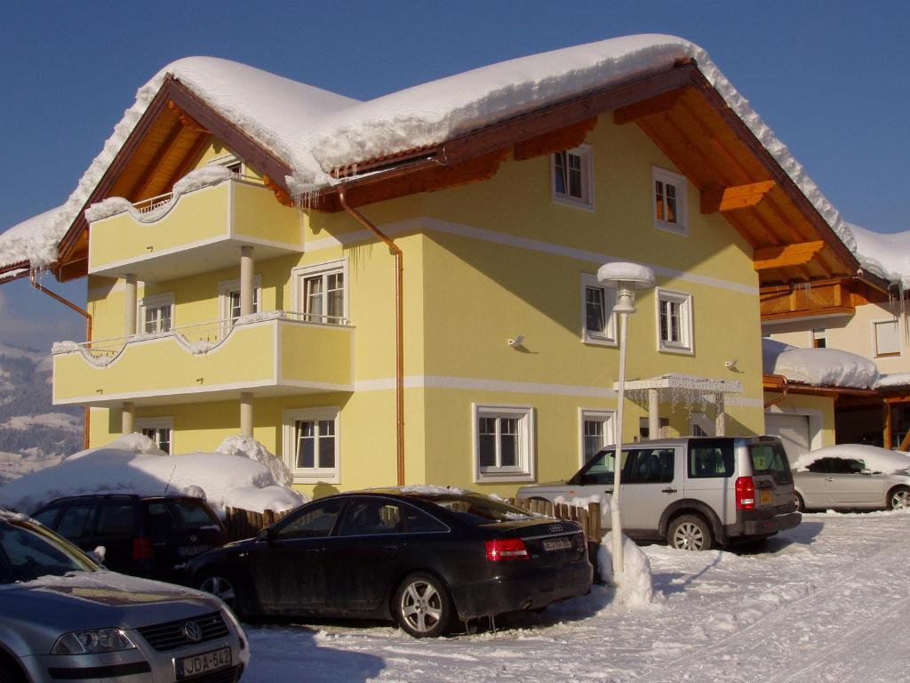 Haus Heigl during the winter