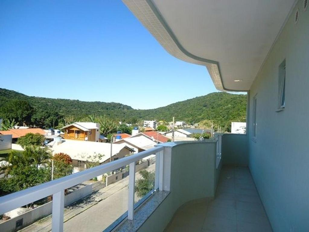 Res. Antonio Pinheiro. Apartamento com 2 dormitórios.