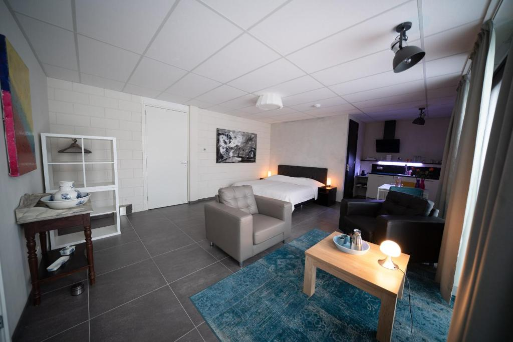 Beach Suites Luxe Appartement Budget Lemmer Netherlands Booking Com
