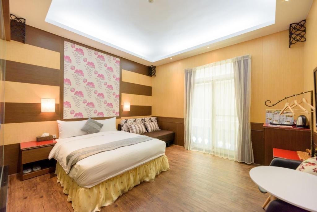 風島民宿房間的床
