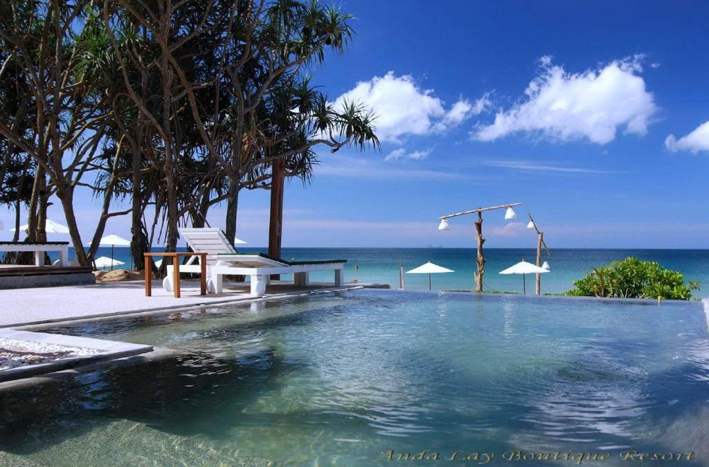 The swimming pool at or close to Andalay Boutique Resort