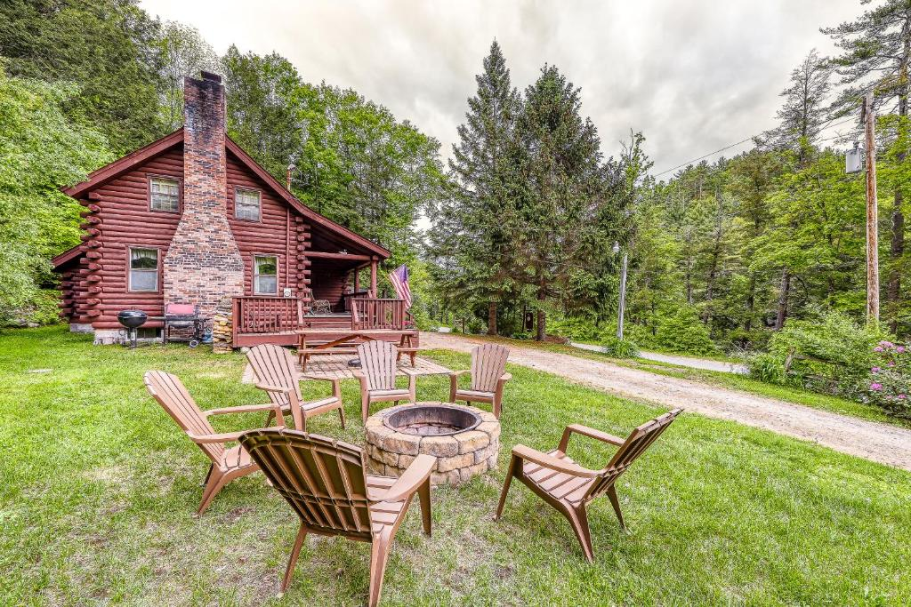 Irresistible Schroon River Front Log Cabin