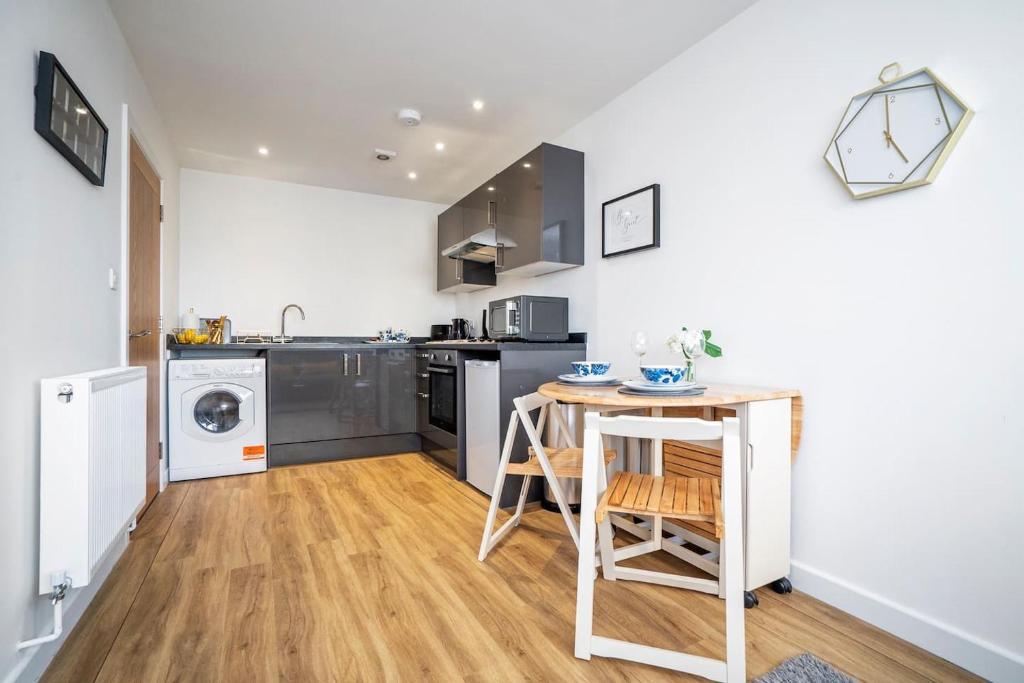 Apartment Ivy Retreat Portsmouth Uk Booking Com
