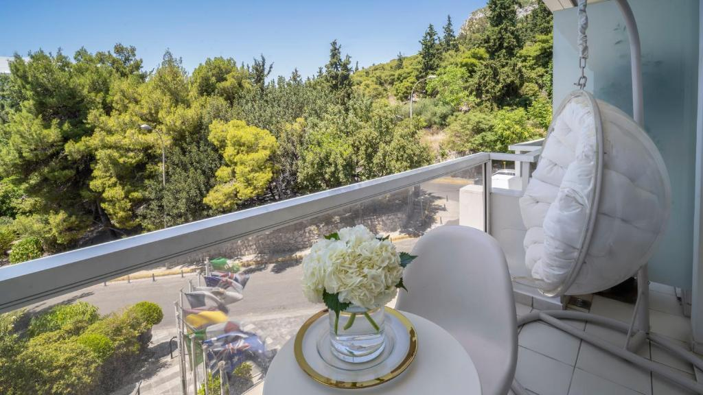 Hotel Offers in Athens | St George Lycabettus Lifestyle Hotel