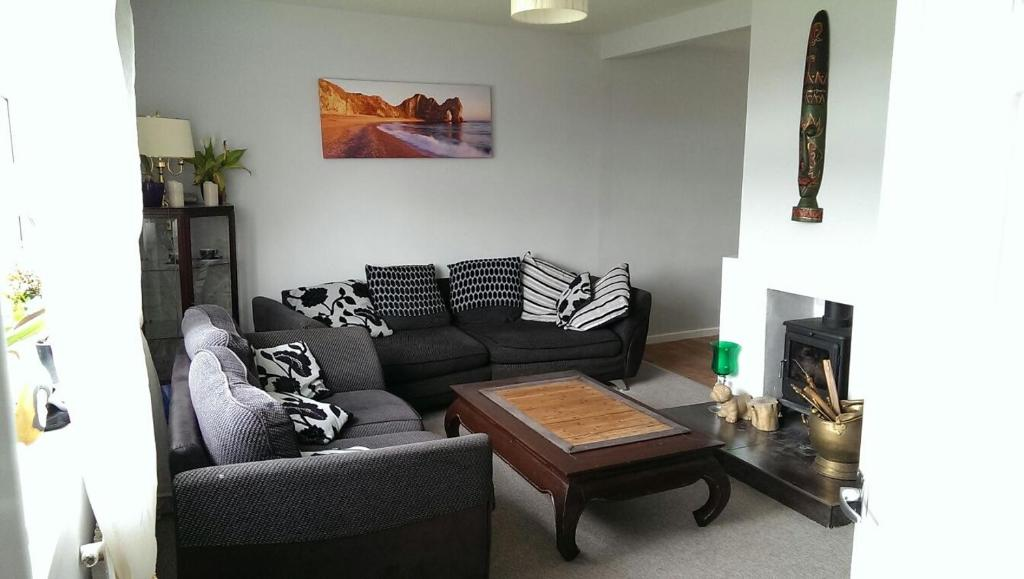 Nice double and single rooms in the quiet area with excellent shared facilities