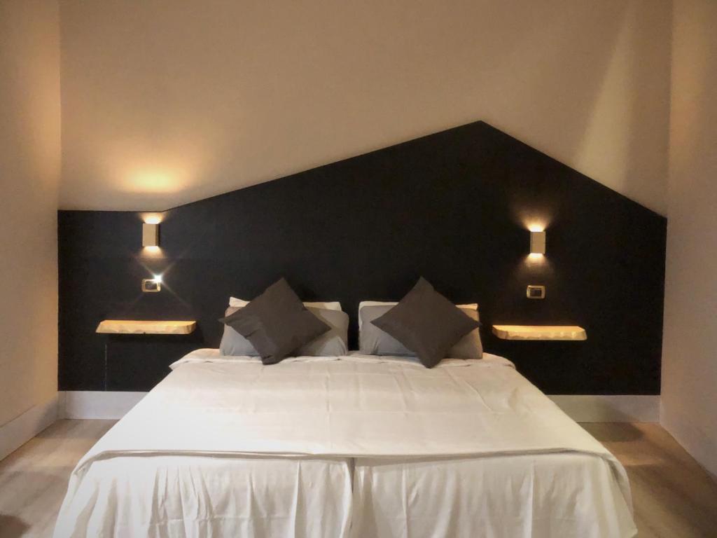 Hotel Paris Rome, Italy