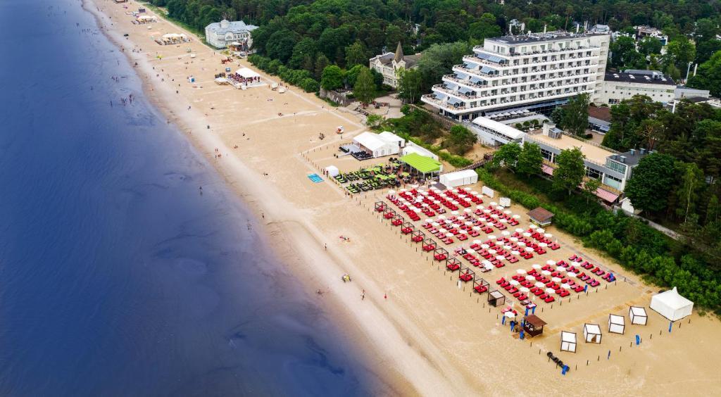 Vaade majutusasutusele Baltic Beach Hotel & SPA linnulennult