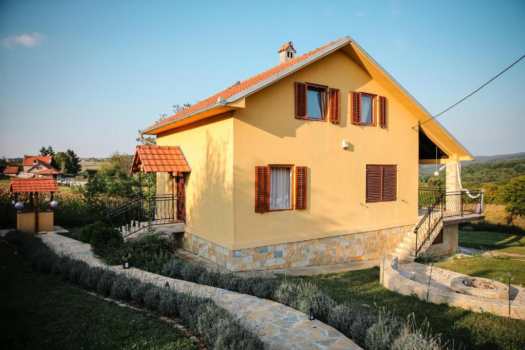 Bed And Breakfasts In Donja Ralja