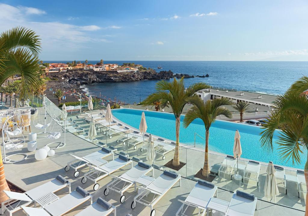A view of the pool at Landmar Playa La Arena or nearby