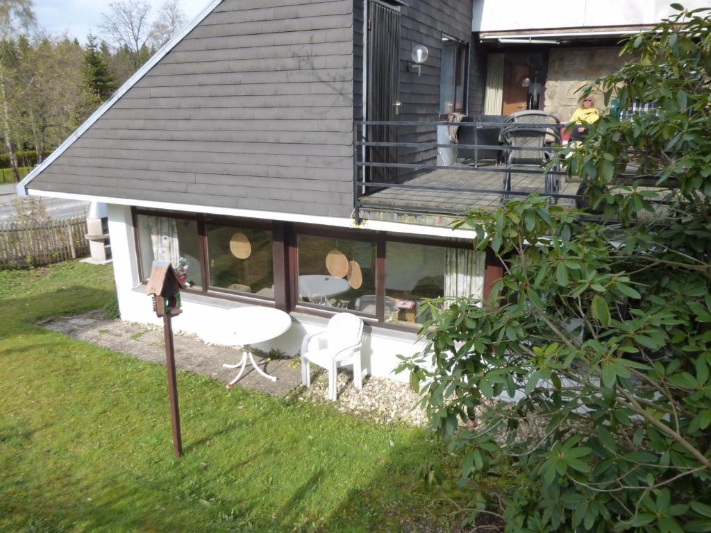 Haus Ina - Ferienwohnung Rondar