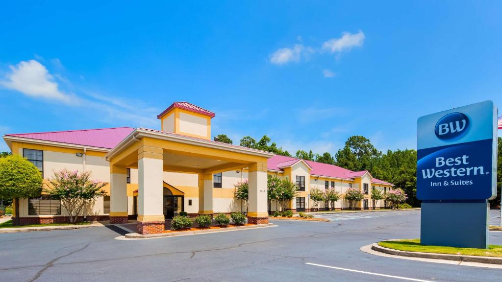 Best Western Hiram Inn and Suites