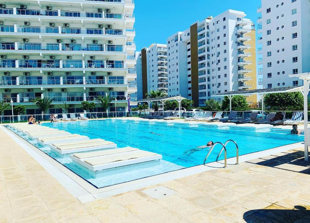 Кипр апартаменты с бассейном апартаменты в черногории купить