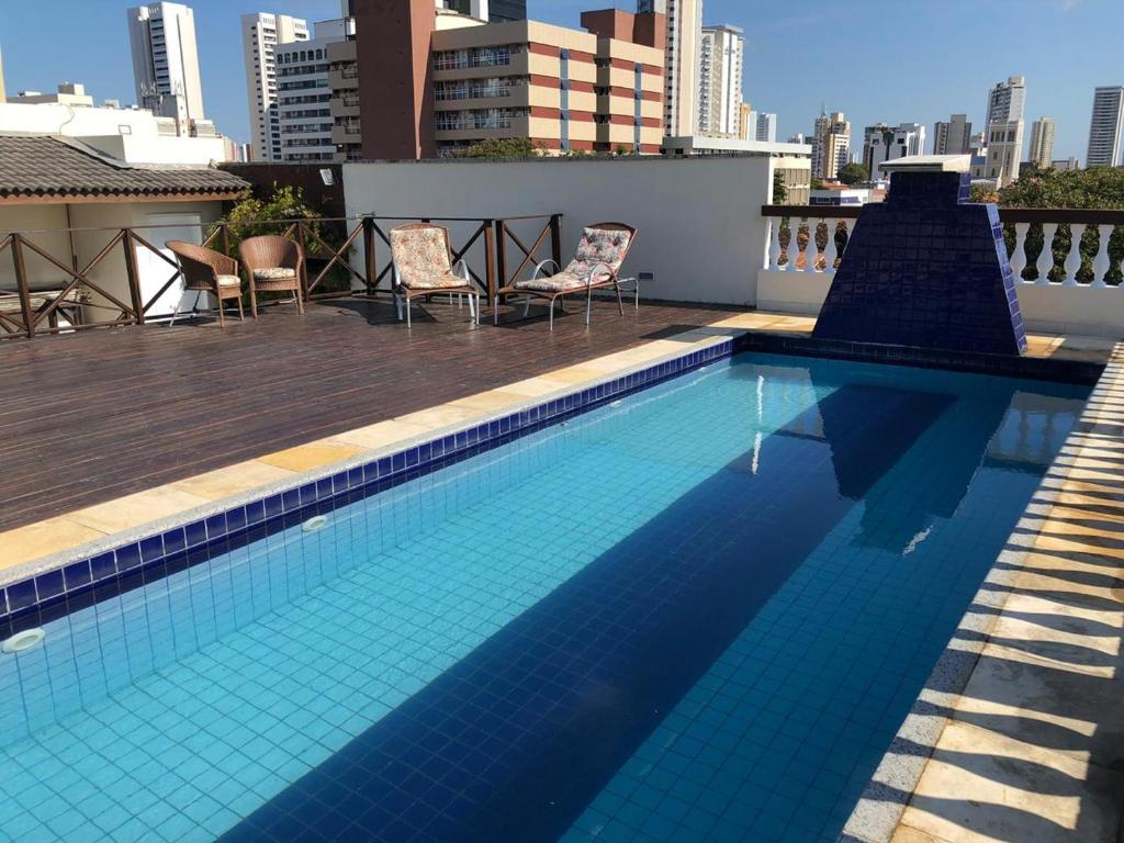 The swimming pool at or close to Angra Praia Hotel