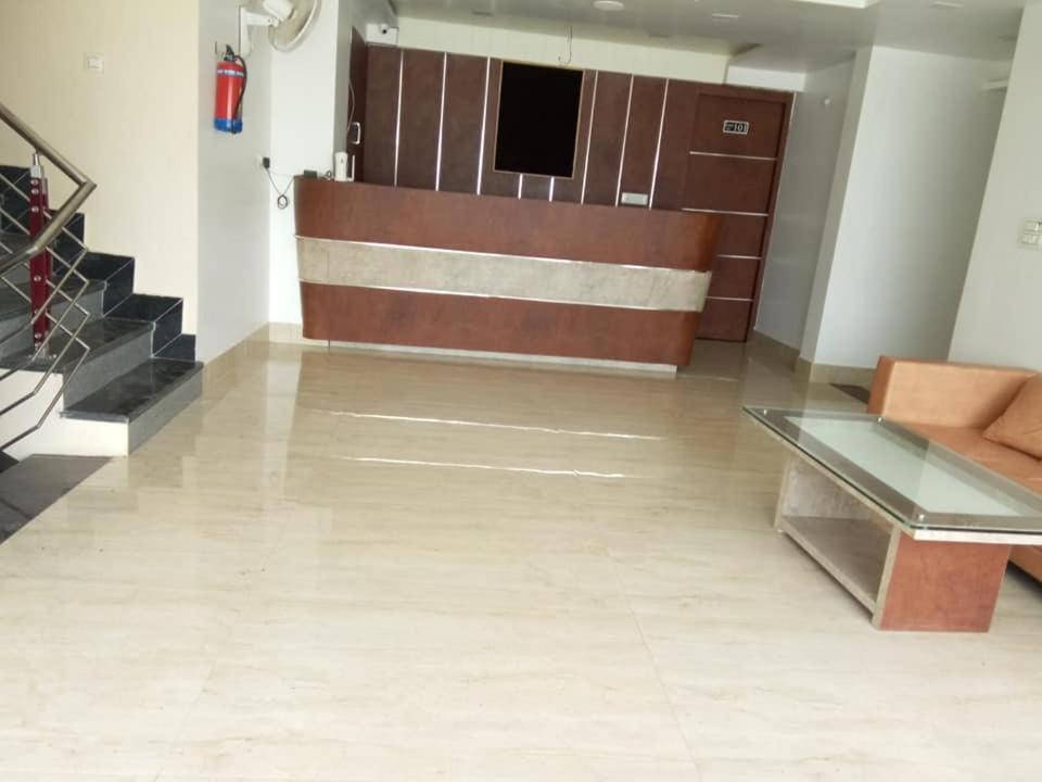 The lobby or reception area at Ramdham Hotel