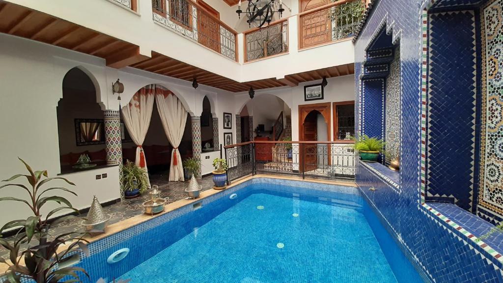 The swimming pool at or near Riad La Porte des 5 Jardins