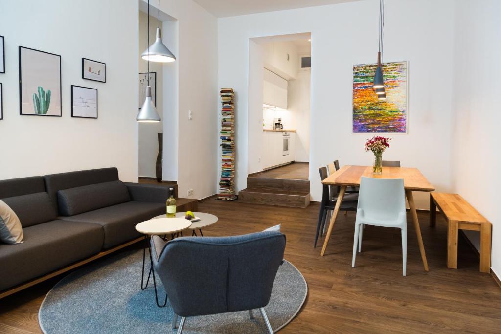Apartment Upper Westside 3 Bedroom Interior Berlin Germany Booking Com