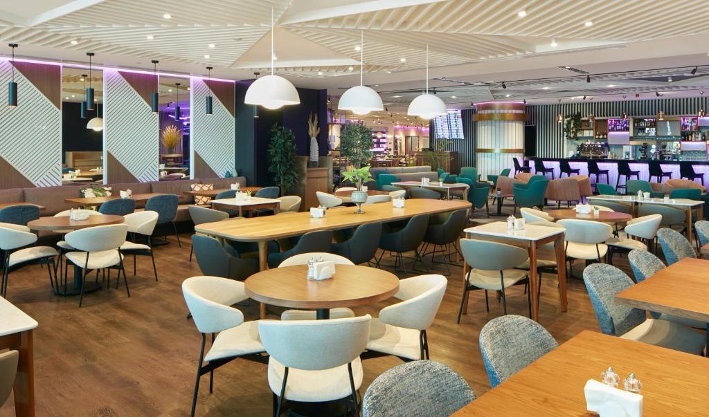 Ресторан / где поесть в YOTEL Istanbul Airport (Landside)