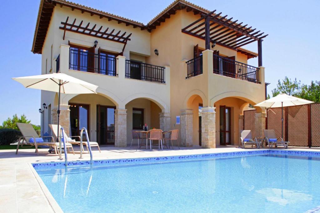 Constantinou Bros Athena Beach Hotel, Geroskipou - Értékelések