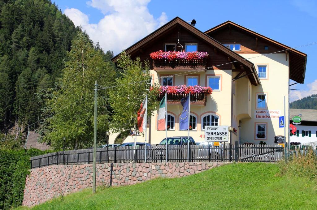 Gasthof Bundschen Sarntal, Italy