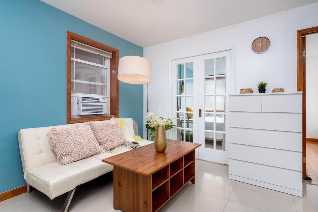 Sleep 10 True 4 Bedroom Apartment New York Usa Booking Com