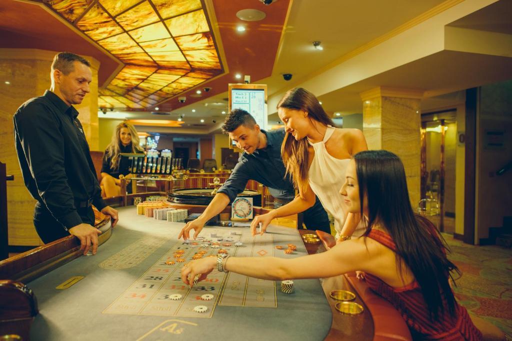 Сколько казино в чехии город прага софт голден интерстар 780