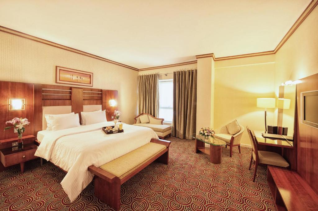 Grand central hotel 4 дубай оаэ квартиры the pointer