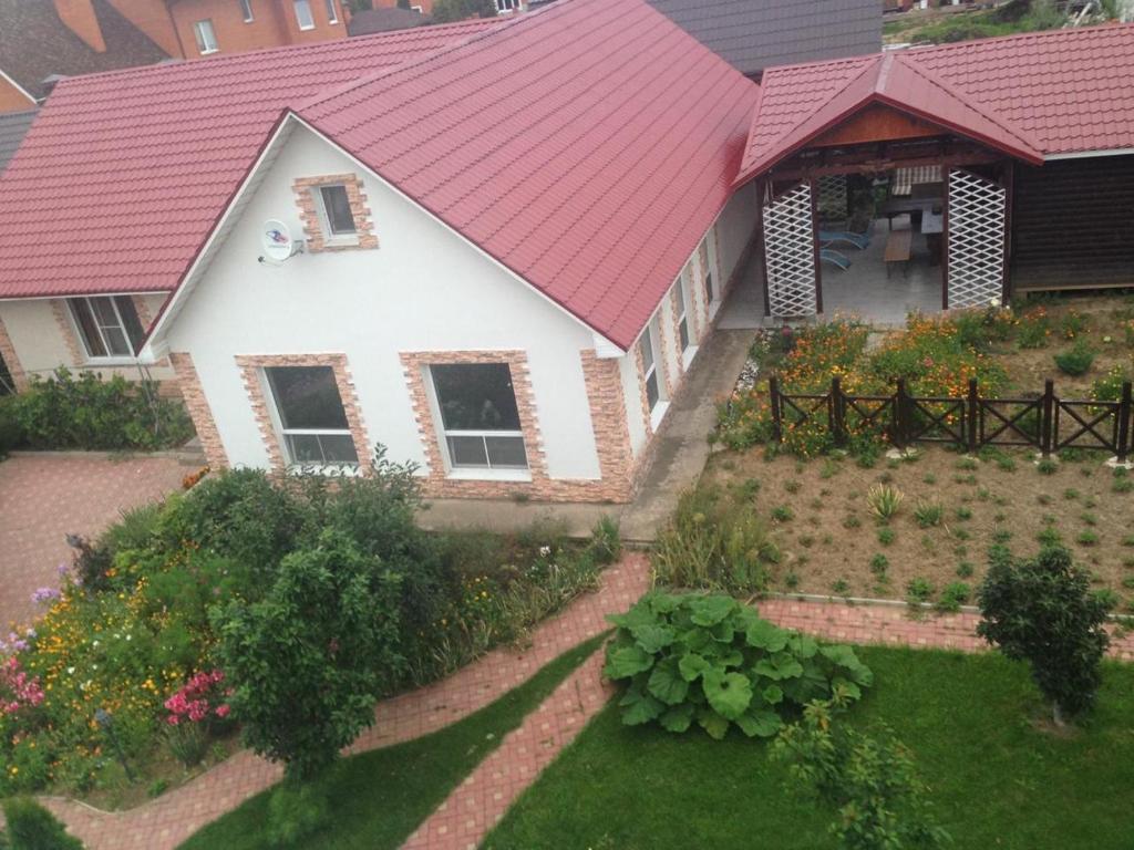 Country House on Ryabinovaya