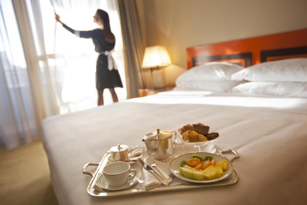 Lesbian Hotel Room Service