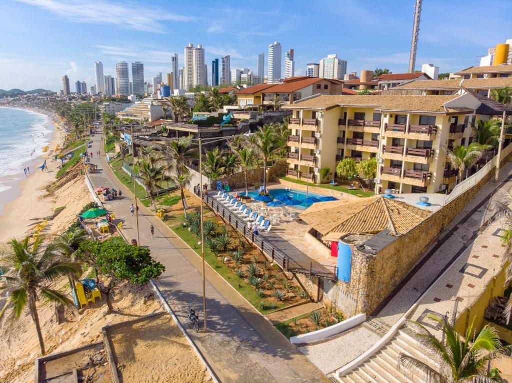 Uma vista da piscina em Happy Hotel Praia Azul ou nos arredores