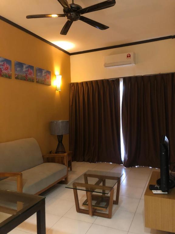 2 Room Apartment Gold Coast Morib Banting Morib 5 Guest Reviews Booking Com