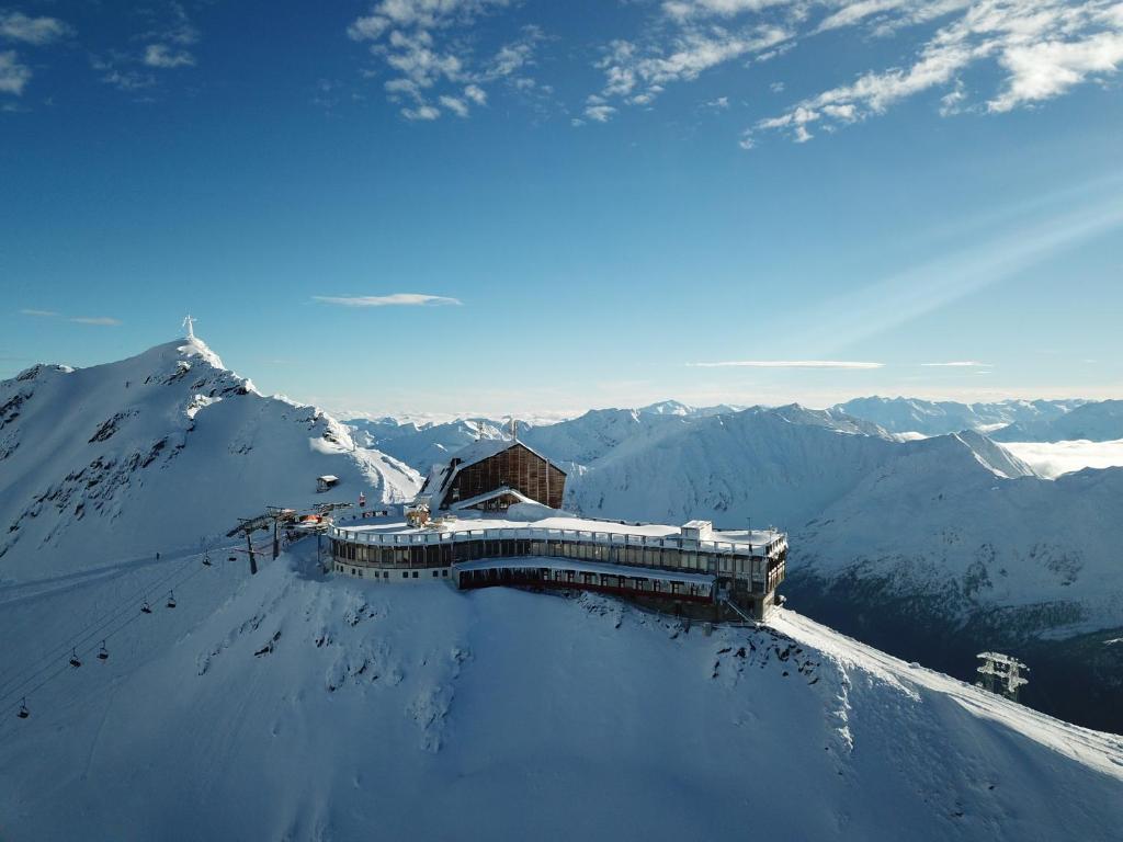Glacier Hotel Grawand im Winter