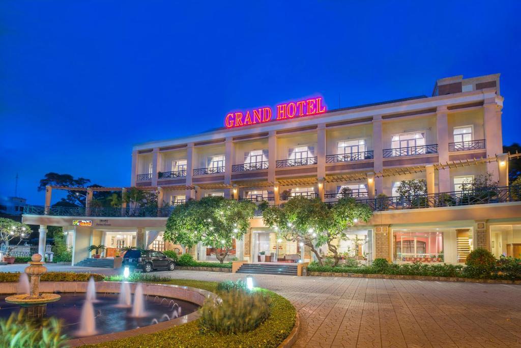 Kết quả hình ảnh cho casino grand hotel vũng tàu