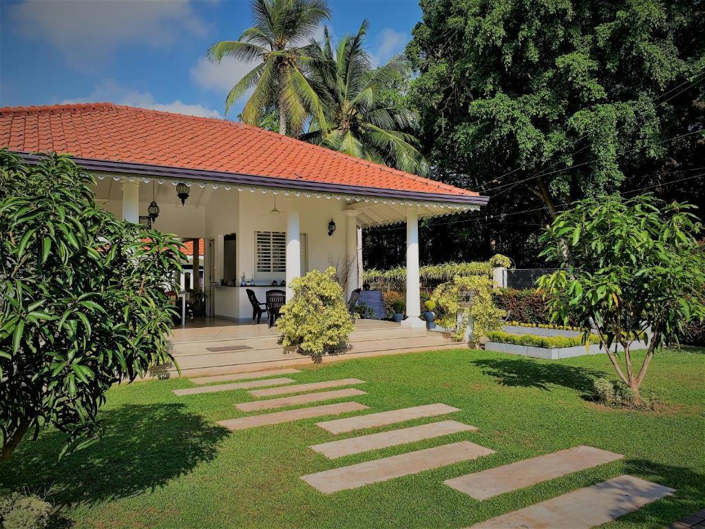 Homestay Green Grass Garden Negombo Sri Lanka Booking Com