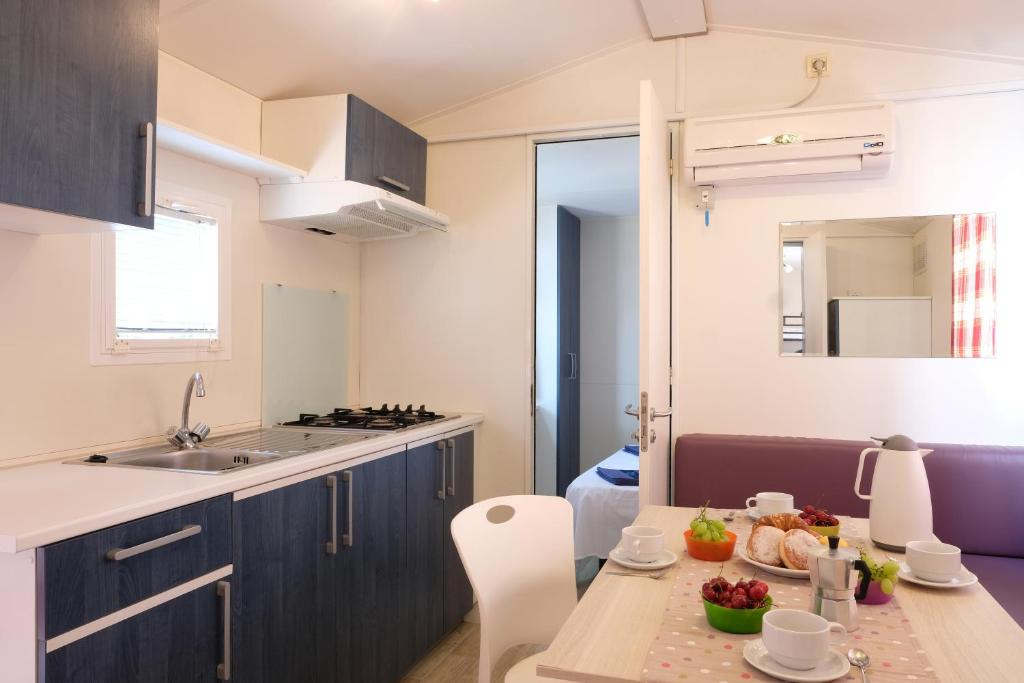 Happy Camp Mobile Homes In Karda Beach Camping And Bungalows Corfu Greece Booking Com