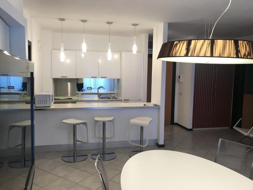 A kitchen or kitchenette at Rimini Centro Storico