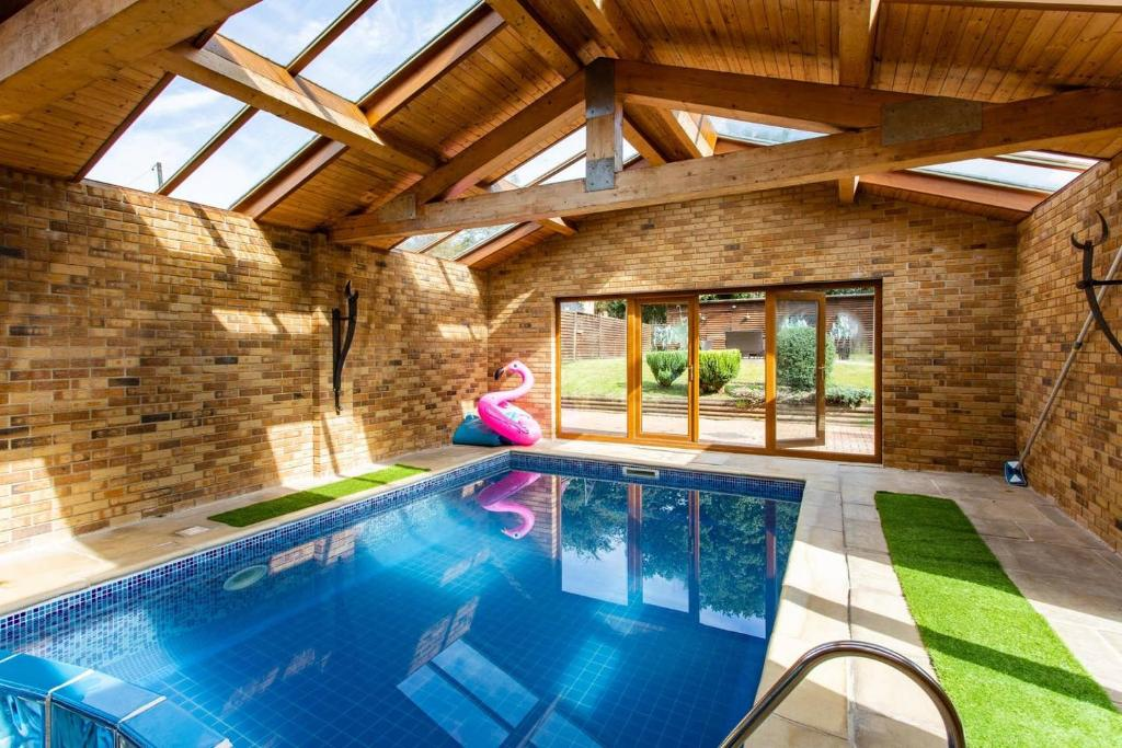 Detached House With Indoor Swimming Pool And Sauna Swansea Updated Na 2020 Prices