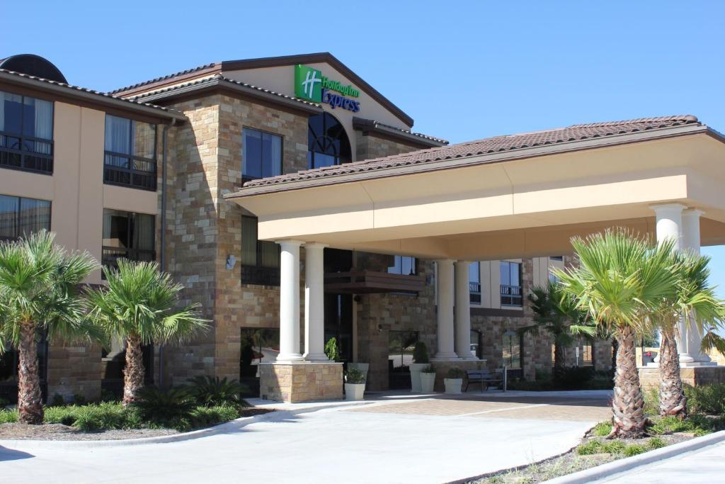 Holiday Inn Express & Suites Austin NW – Lakeway
