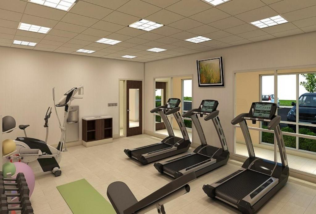 The fitness center and/or fitness facilities at Holiday Inn Express & Suites Blackwell