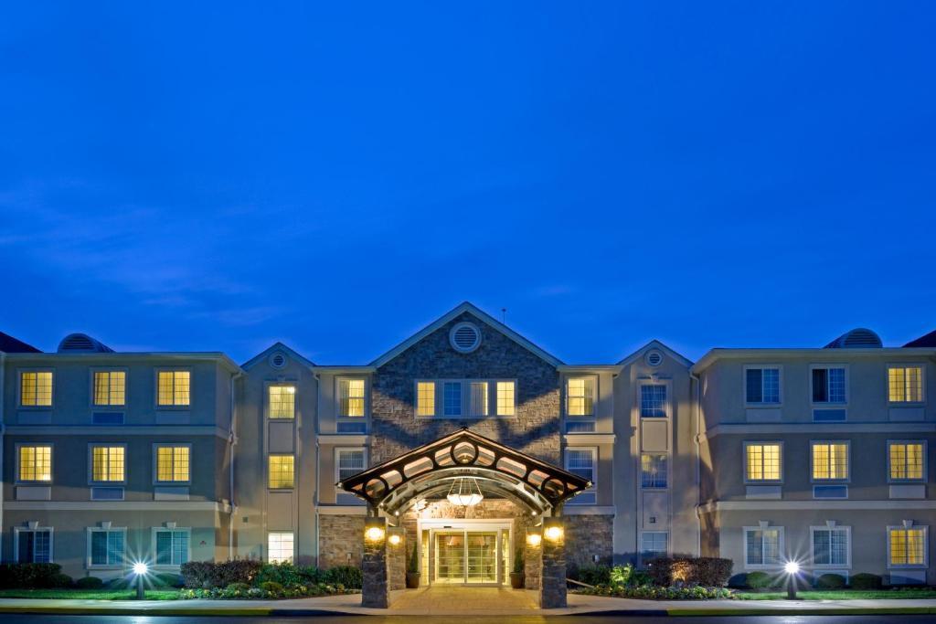 Staybridge Suites-Philadelphia/Mount Laurel