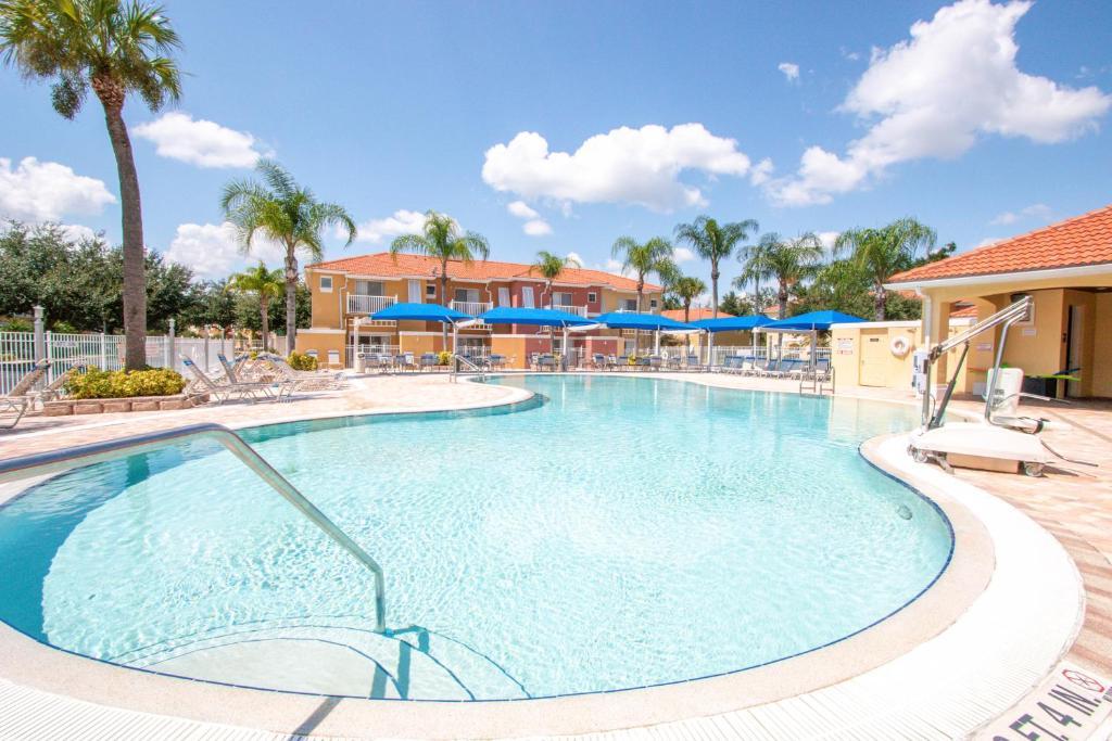 The swimming pool at or close to Hapimag Orlando - Lake Berkley Resort